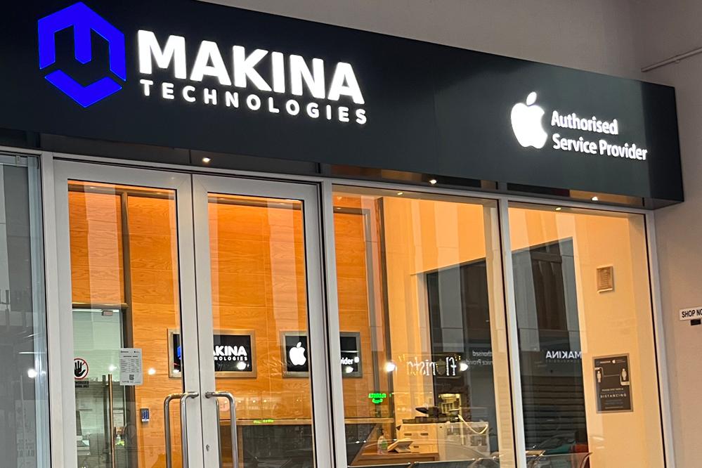 Apple Authorised Service Provider Dubai UAE | iPhone Screen Repair
